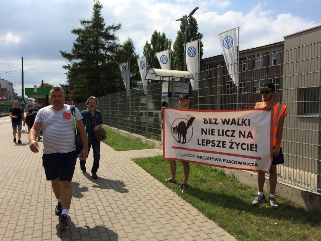 Volskwagen Workers: They fire, we organize!